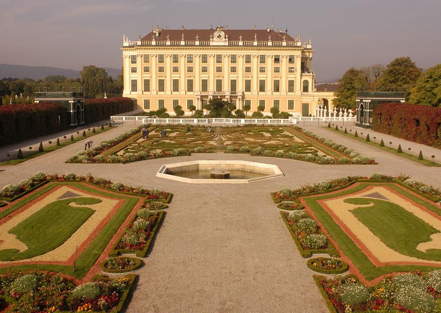 Schloss Shoenbrunn