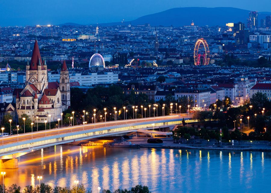 Vienna at night (photo from insightguides.com)