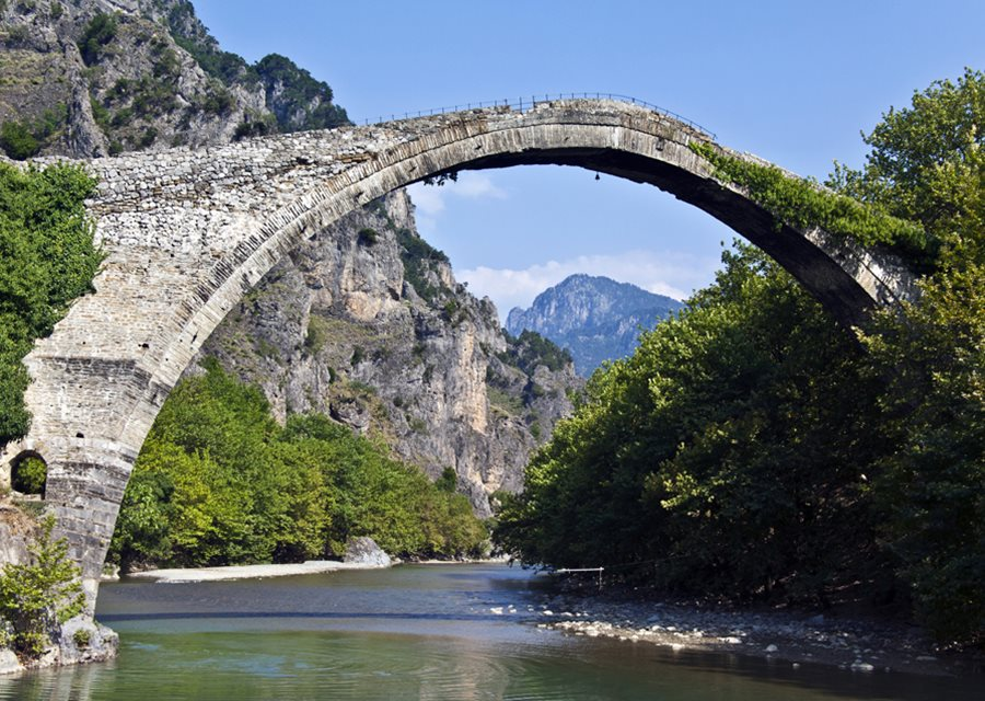 https://d3vonci41uckcv.cloudfront.net/old-images/original/f1174c88-c162-477a-8896-8f124c0d1cd9.Epirus-aoos%20river-bridge.jpg